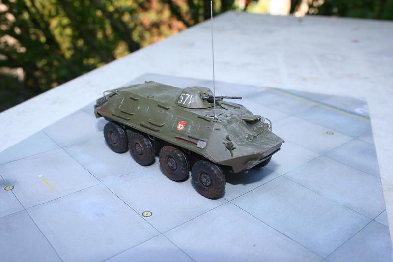 BTR 60 PB (ICM au 1/72) Img_3030