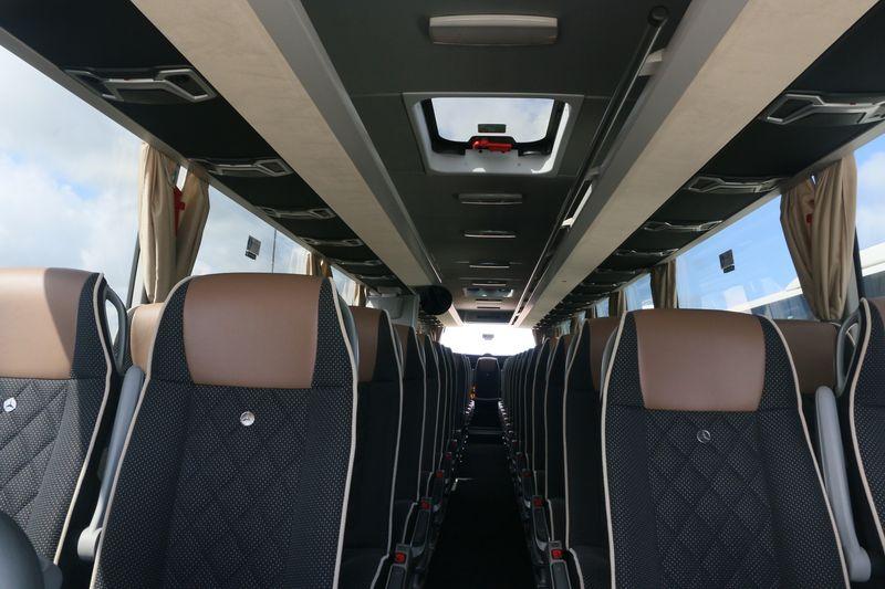 Mercedes TRAVEGO / TOURISMO - Page 3 400310