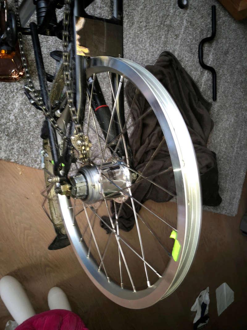 Jante et rayon : améliorer les roues du Brompton - Page 18 Img_2212