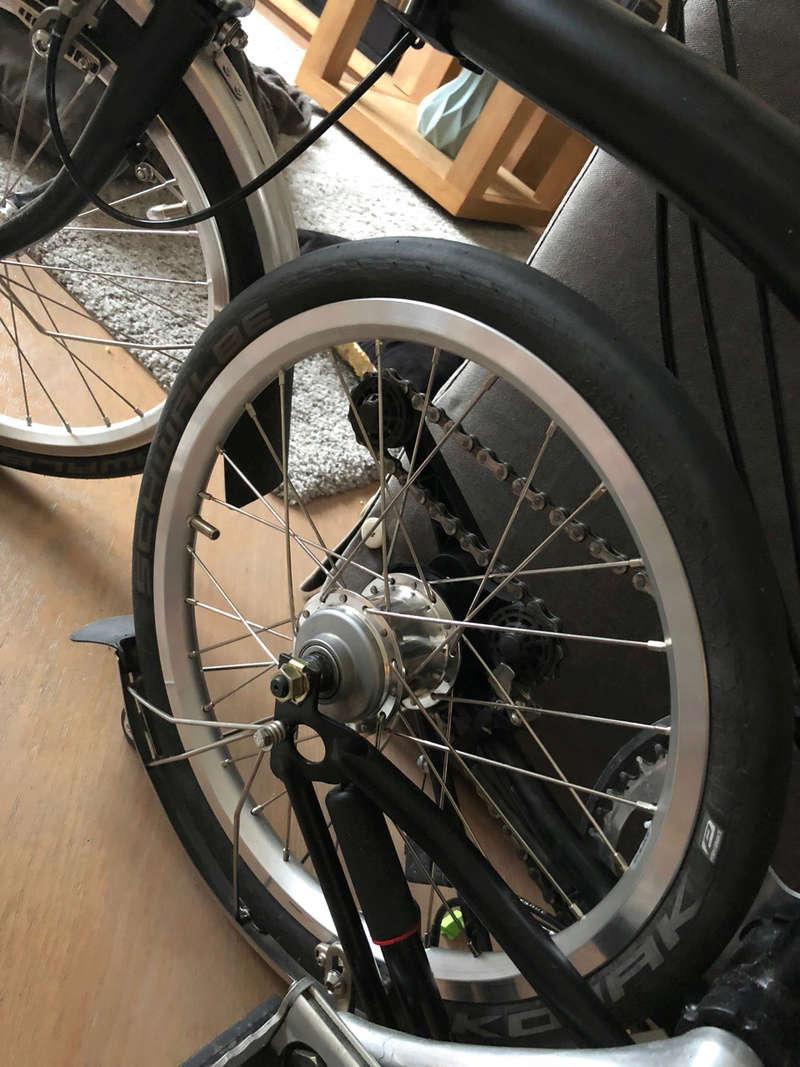 Jante et rayon : améliorer les roues du Brompton - Page 18 Img_2213