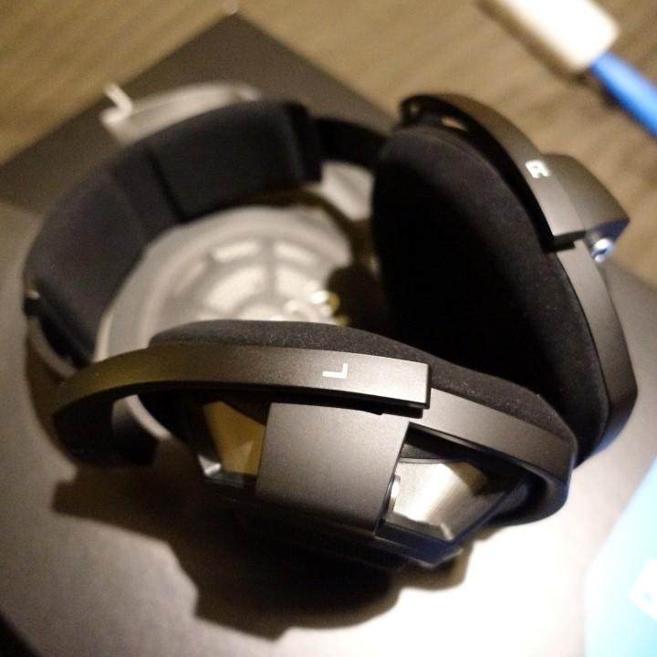 --- VENDUTO ----  Vendo Sennheiser HD800S - 990 spedite Dsc02245