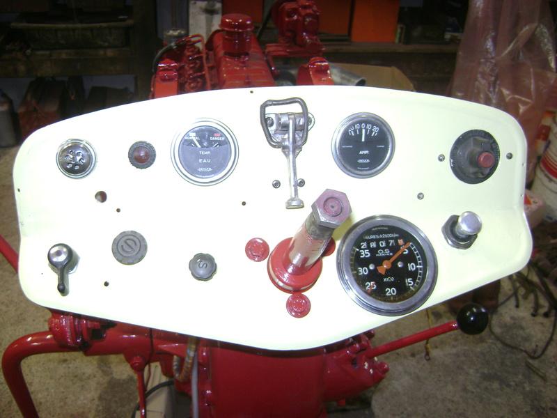 restauration - restauration d'un tracteur ENERGIC 519 B Dsc05511