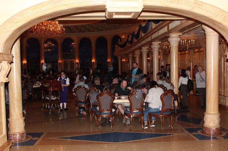Mariage thème Disney + Voyage de Noces WDW + USO + IOA + Keys + Everglades + Miami - Page 4 Img_2051