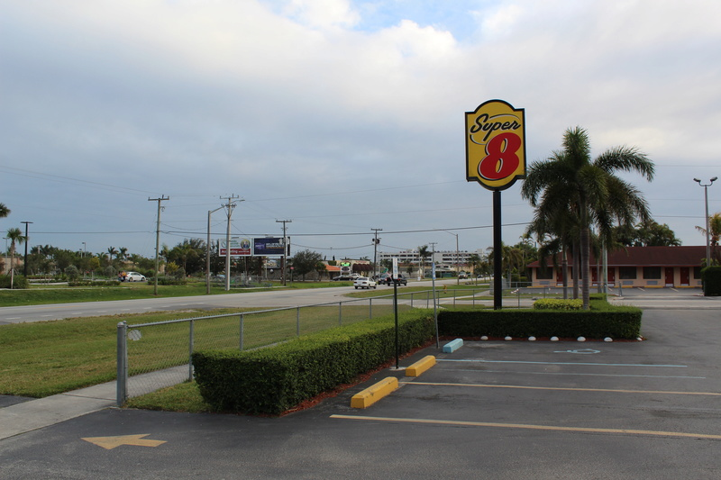 Mariage thème Disney + Voyage de Noces WDW + USO + IOA + Keys + Everglades + Miami - Page 5 Img_2814