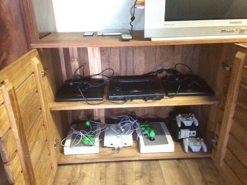A part les consoles quel matos vous utilisez pour le jeu ? Image11