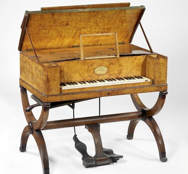 harmonium clergeau de construit en 1845 Poikil10