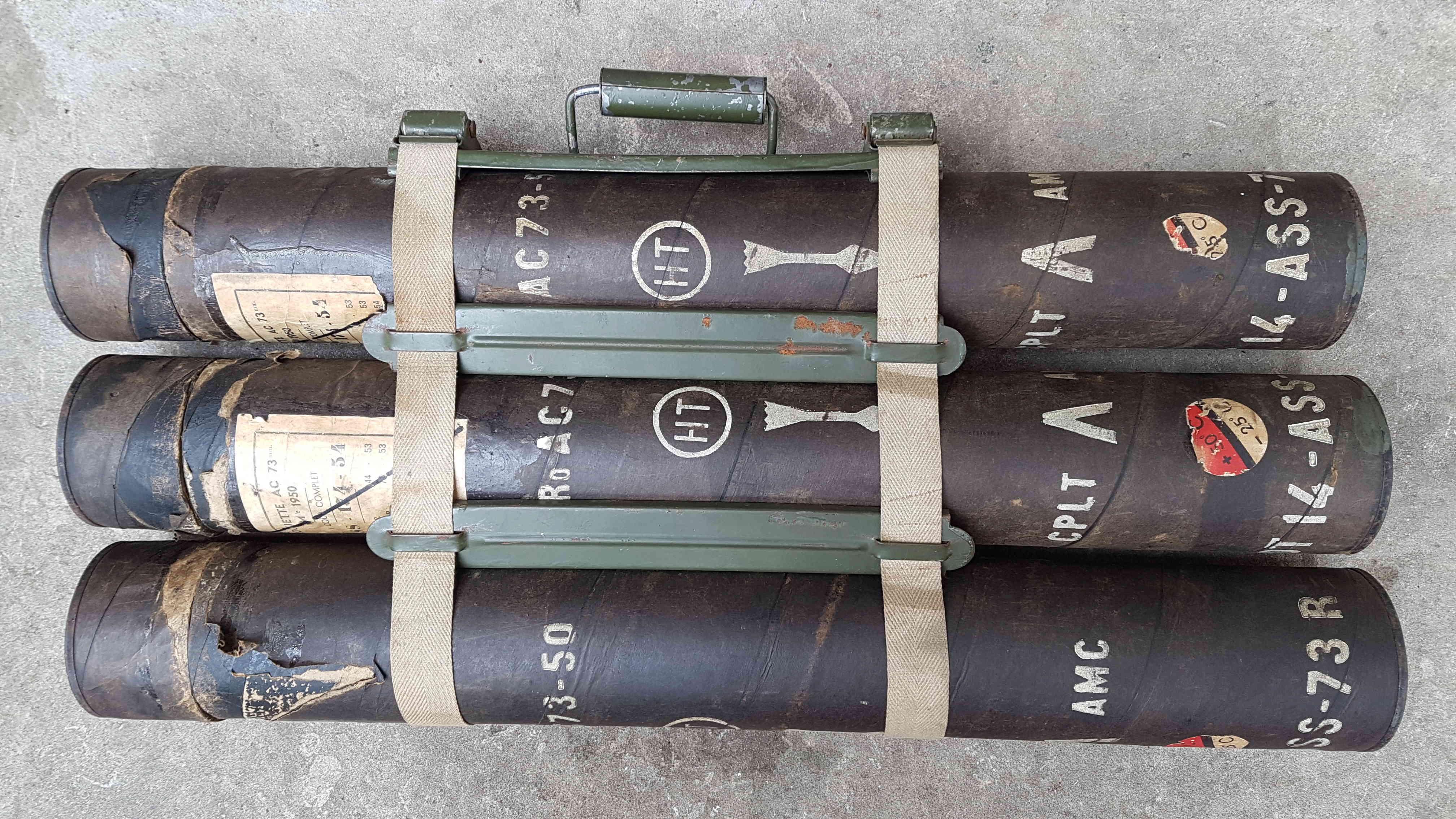 Étuis de roquettes (vides) à estimer 20180629