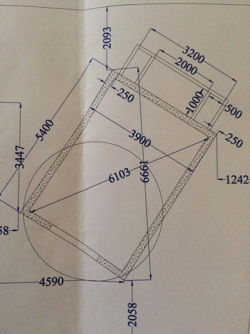 Projet de bassin semi enterré et vitré dans enrochement existant - Page 7 593d2810