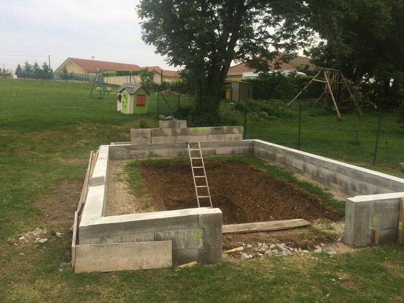 Projet de bassin semi enterré et vitré dans enrochement existant - Page 11 E7280210