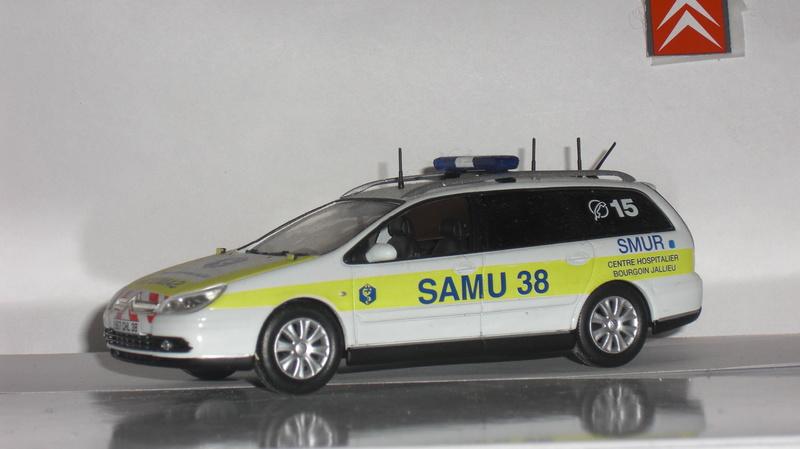 """Citroën miniatures > """"Ambulances, transports de blessés et assistance d'urgence aux victimes"""" C_5_ll11"""