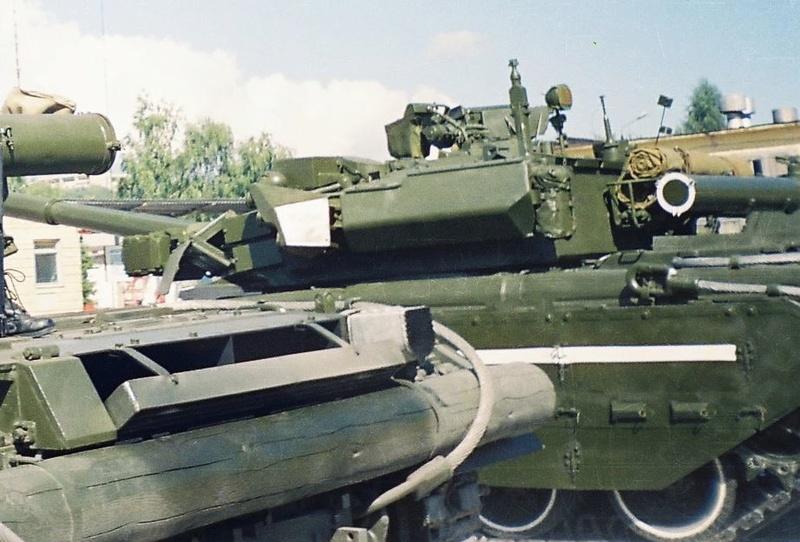 Т-64БВ - «окультуренный» «СКИФ»  SKIF 1:35 №205 H0000210