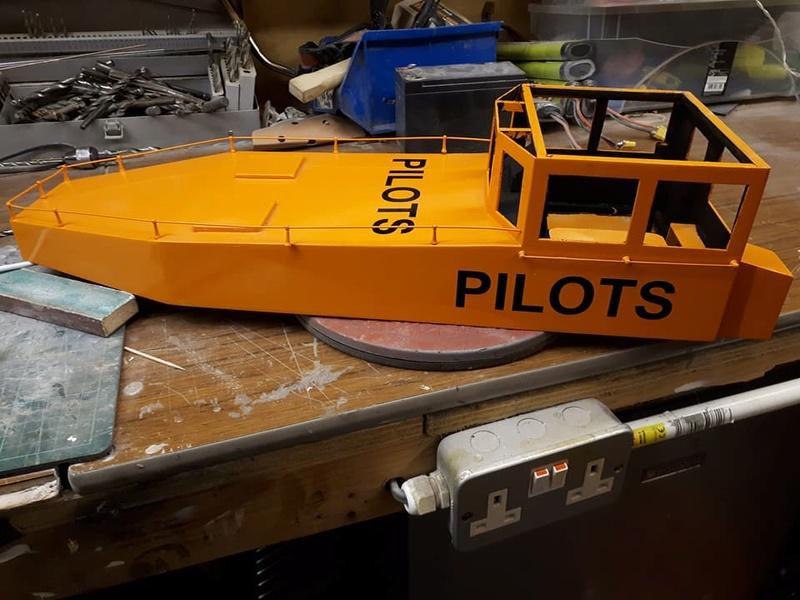 Amlwch Pilot boat 29261610