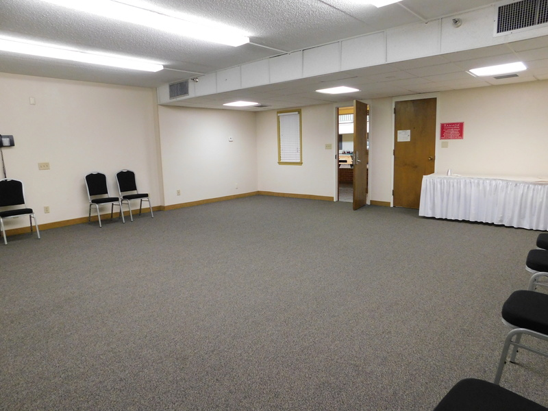 Pics of the Divination Room Dscn0614