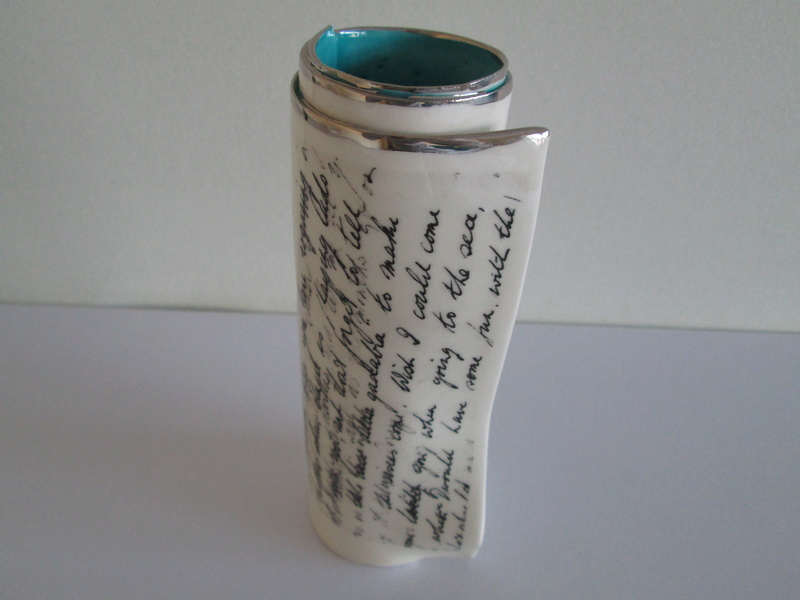 Studio Pottery / Ceramic Vase DG in a swirl monogram please help id Img_0827