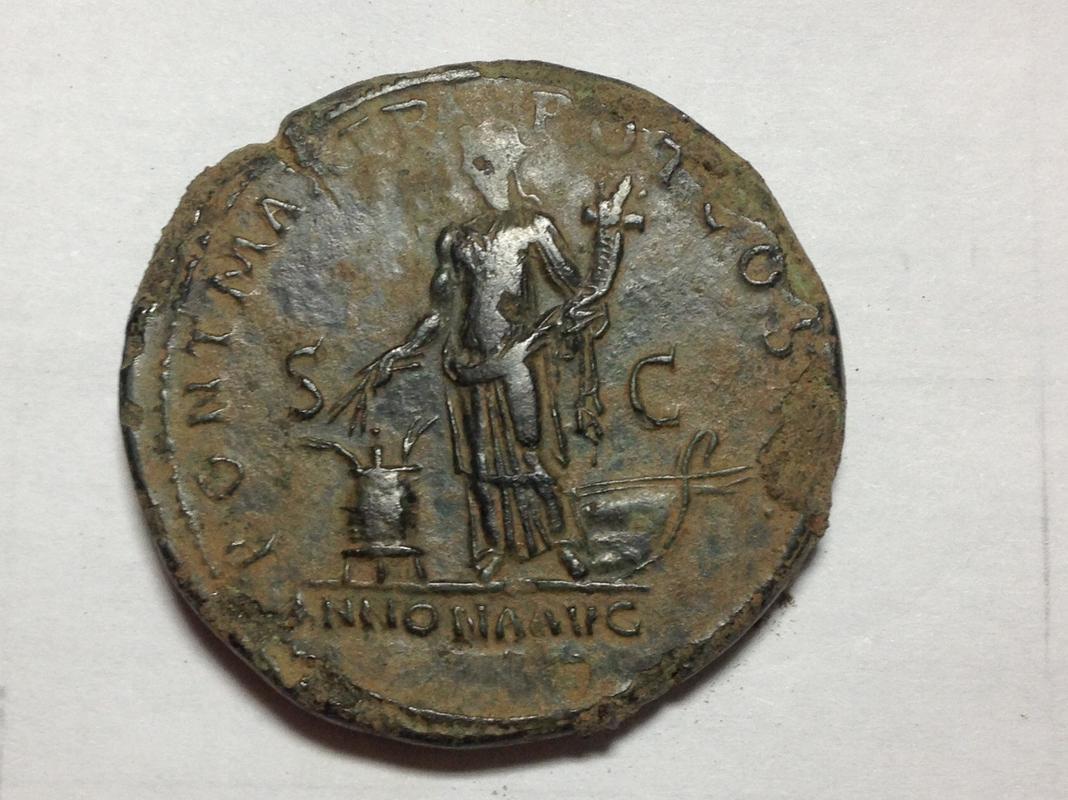 Sestercio de Adriano PONT MAX TR POT COS II(I) - S C / ANNONA AVG. Annona estante a izq. Roma. Img_1910