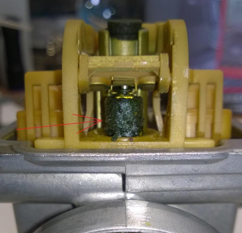 Resoconto di una pulizia carburatore Ossido11