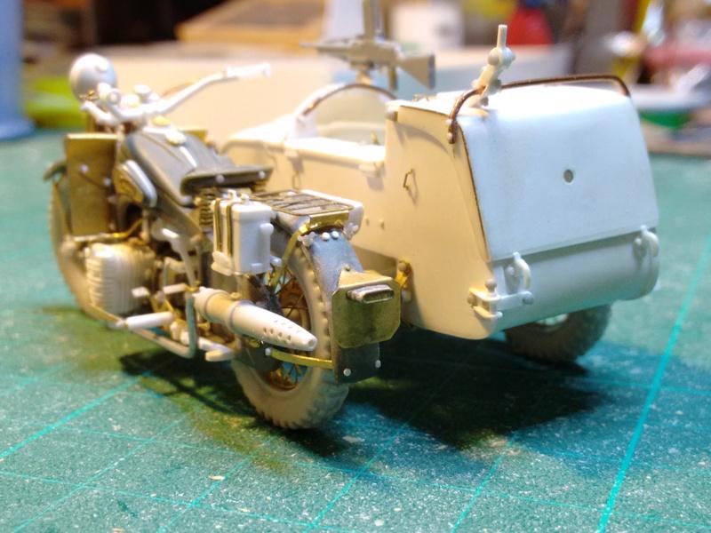 MOTO 800 AX avec Side Car Bernardet mod 38 Dragon portés : scratch partiel au 1/35 Img_2043