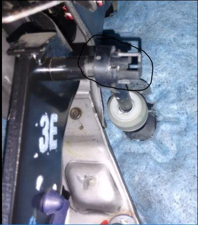 Haste embreagem soltando do pedal Captur10