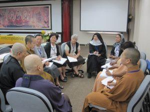 Rencontre entre religieuses Chrétiennes et Bouddhistes Group_11