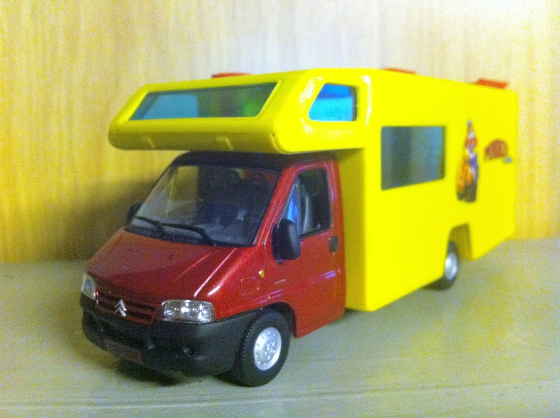 Collection Camping-Cars de Hachette - Page 3 Jumper10