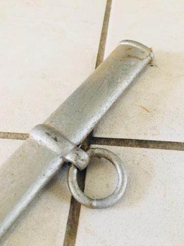 Besoin d'aide pour identification de fourreau et d'épées 29663411