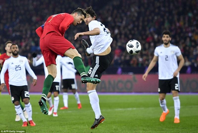 Portugal 2-1 Egypt: Cristiano Ronaldo 2-1 Mohamed Salah 4a7e1a10