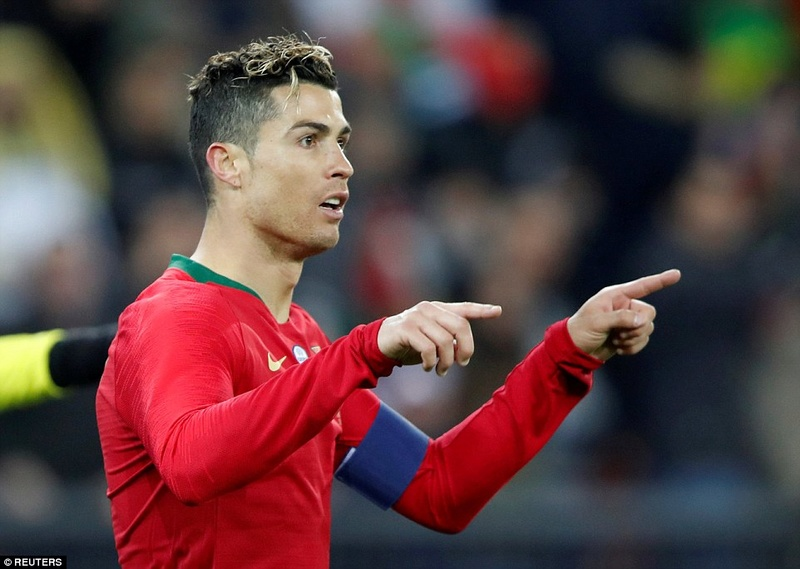 Portugal 2-1 Egypt: Cristiano Ronaldo 2-1 Mohamed Salah 4a7e1b10