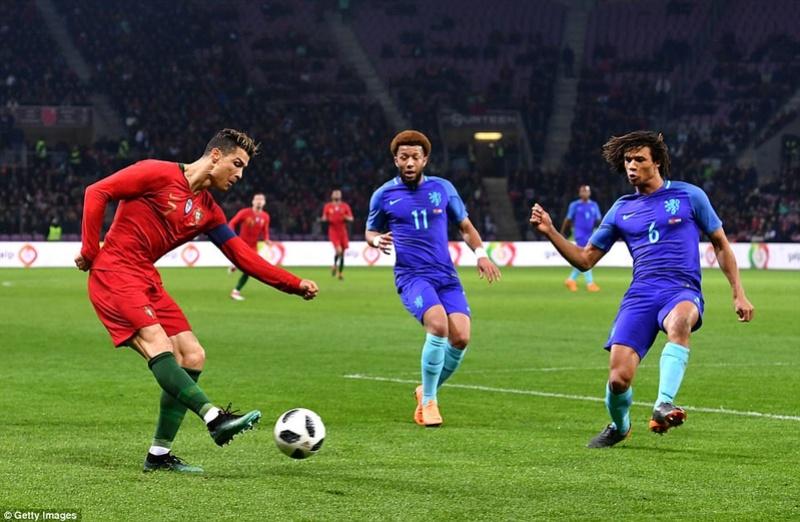 Portugal 0-3 Holland:  4a944310