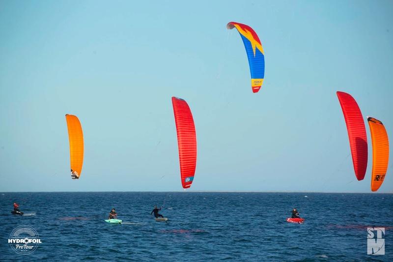 Nouveau proto Race kite Peter Lynn : Aero 2 - Page 2 Aerov210