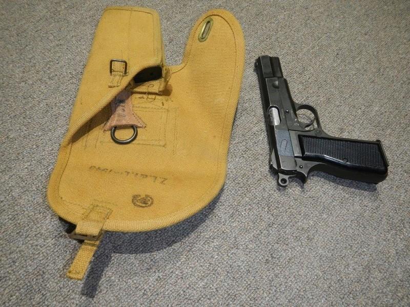 Étuis 1944 - 1945 pour le pistolet canadien GP No 2 MK I* 7_copy13