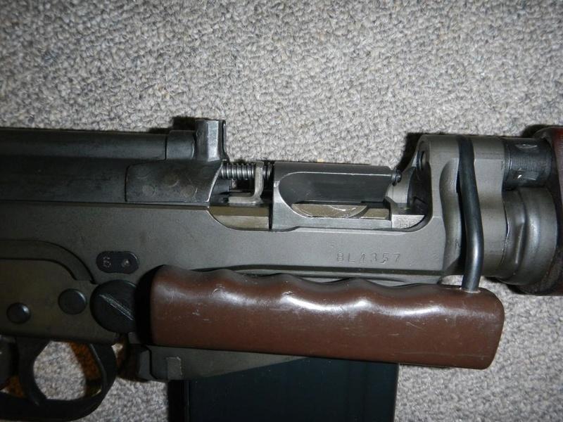 Nécessaire de transformation du fusil de 7.62 mm modèle FN C1A1 en calibre .22 Dscn2212