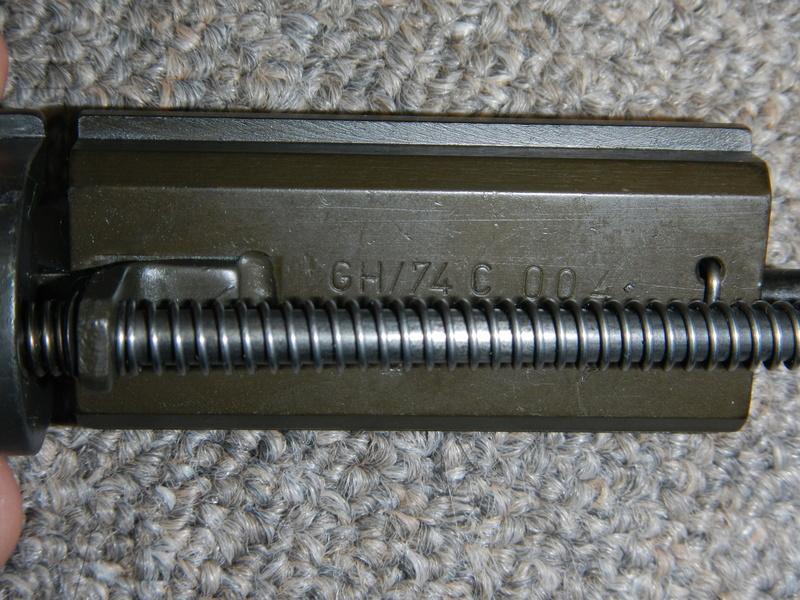 Nécessaire de transformation du fusil de 7.62 mm modèle FN C1A1 en calibre .22 Dscn2320
