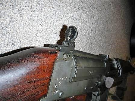 Fusil FN C1A1 et Fusil-mitrailleur FN C2A1 du Canada Dscn4826