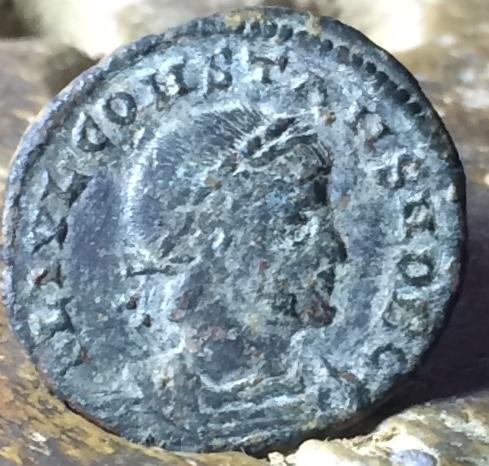 AE3 de Constante. GLORIA EXERCITVS. Antioquía Img_1454