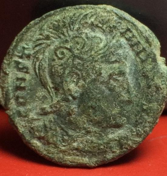 AE3 de Constantino I. VIRTVS EXERCIT  Img_2011