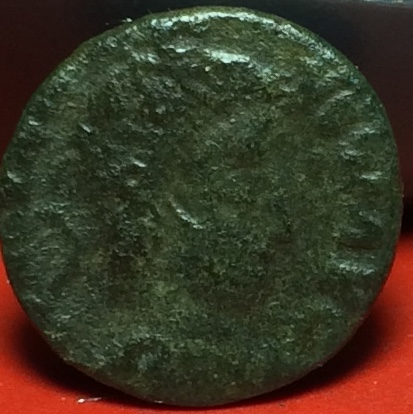 AE4 de Constancio II. GLORIA EXERCITVS. Trier Img_2036