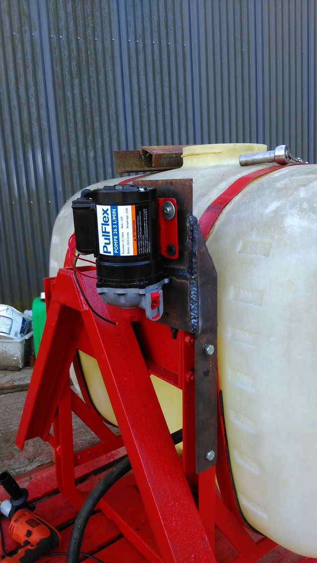 Liquid ferlizer project on horsch co drill Imag0913