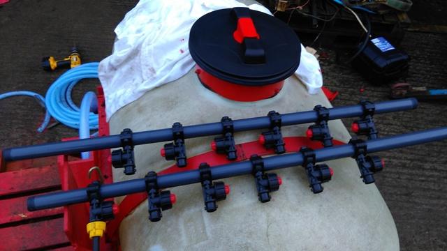 Liquid ferlizer project on horsch co drill Imag0914