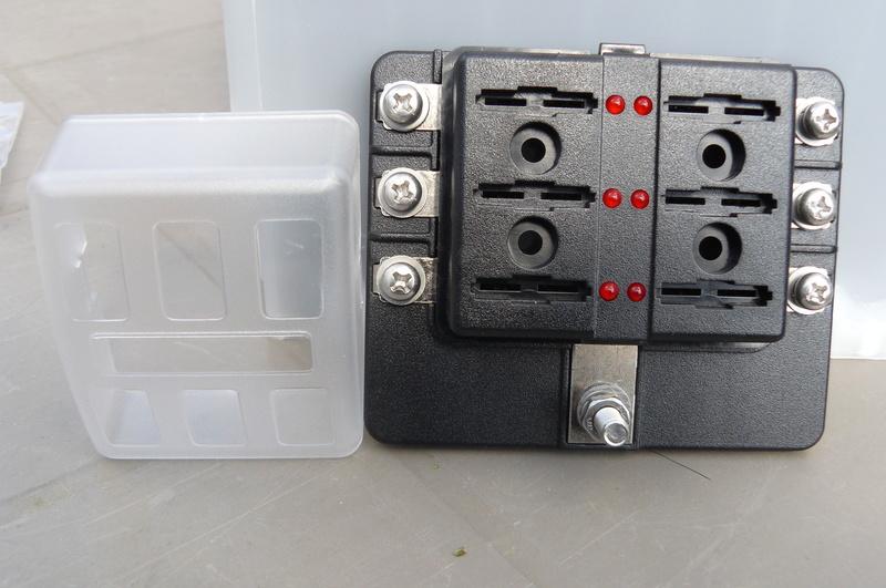 vente lot pour montage batterie auxilliaire P1060118
