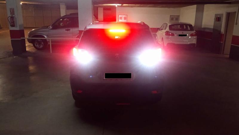 Truco para rápido y fácil cambio de bombillas LED de marcha atrás  Foto_210