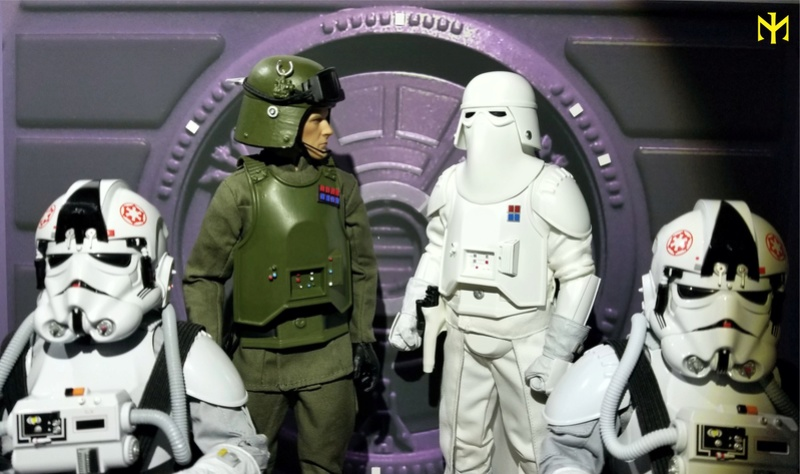 Snowtrooper Commander sixth scale figure review Swig0610