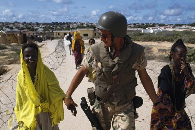 Italian San Marco Desert Camo Flak Vest Somali10