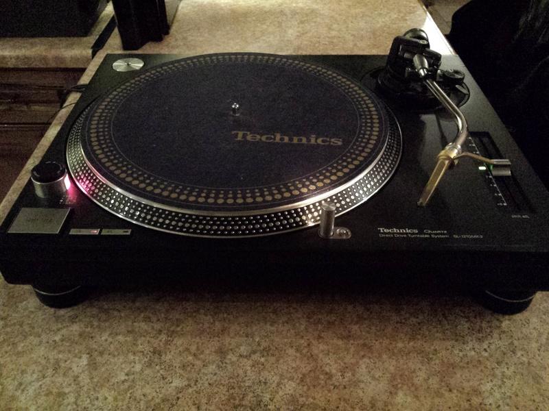 Technics SL-1210MK2+Ortofon Gold 400€ 20180318