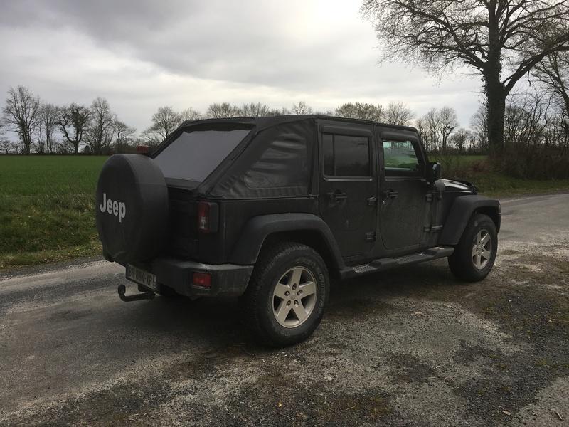 Jeep JKU sport 11b87910
