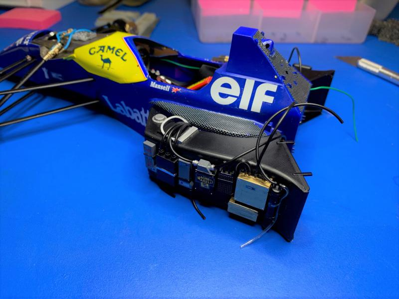 F1 Williams Renault FW14B (1/12 Tamiya) - Page 4 Mini_w27