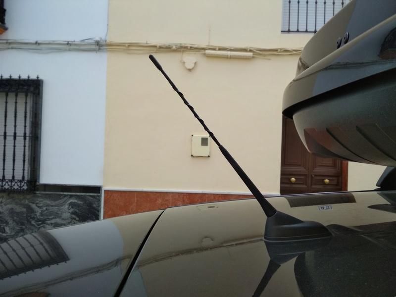 Instalación plafón matricula led original citroen + bonus antena+luz cofre Img_2020
