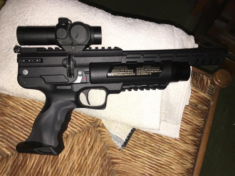 weihrauch - Pistolet weihrauch Hw44 5.5 H&N jsb 1.03g 15m en appui Red Dot 35€ B1e0d010