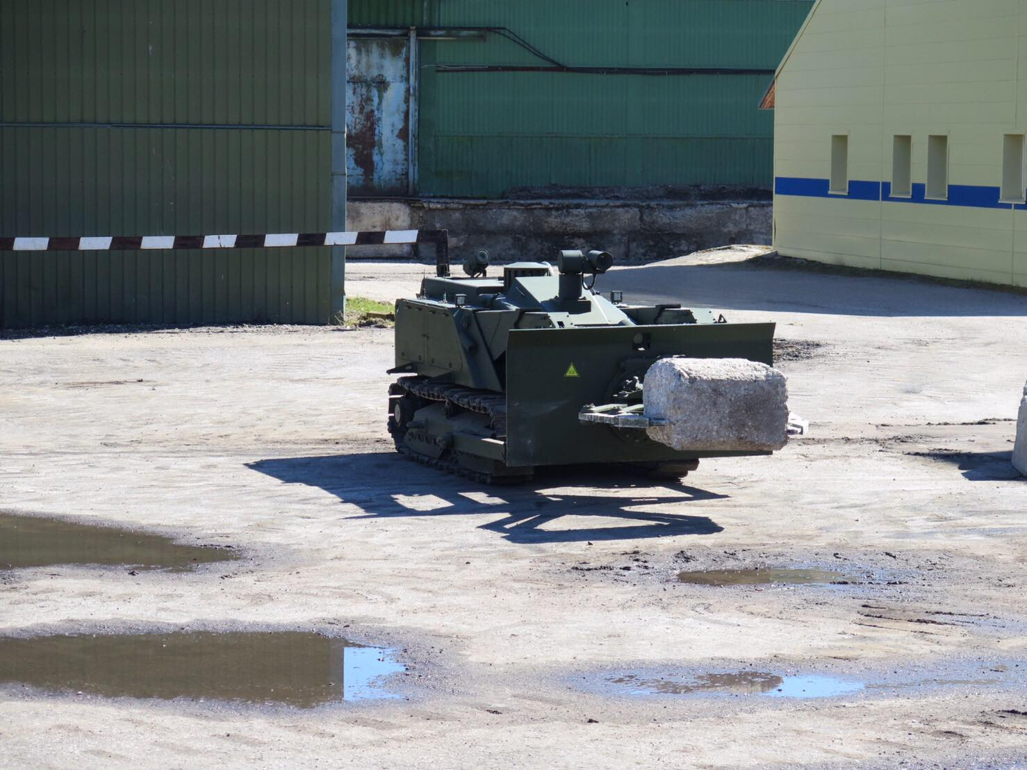 Russian Army Robots - Page 15 002610