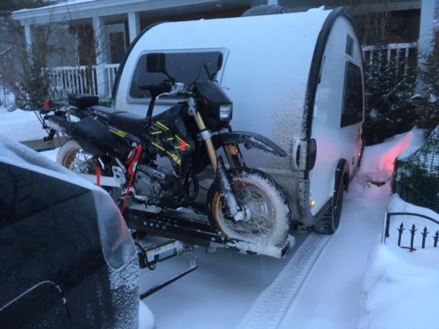 Transporter une moto sur une t@b Img_5910