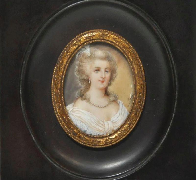 A vendre: miniatures de Marie Antoinette et de ses proches - Page 13 Zzz9-510